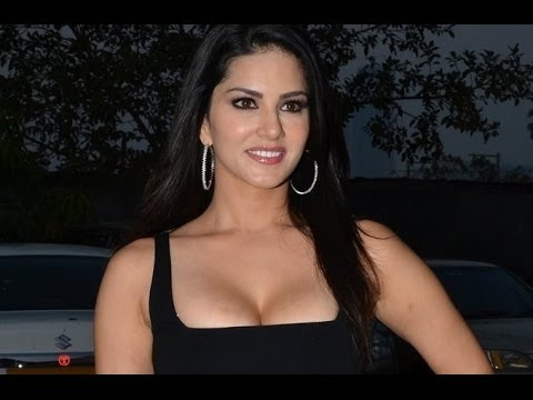 Shocking : Chetan Bhagat LOVES Sunny Leone's Hot Scenes in Ragini MMS 2!