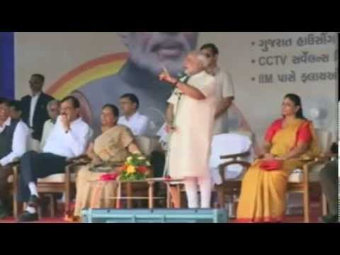 Shri Narendra Modi speaking after inaugurating several pro-people initiatives by AMC