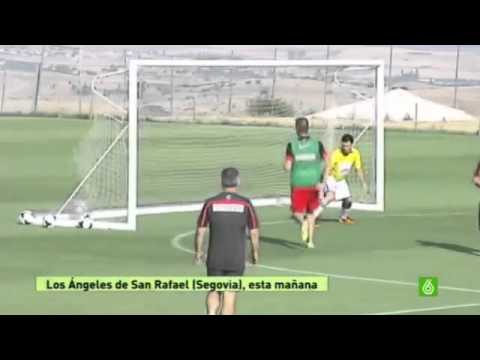 Diego Simeone Amazing Goal in Atletico Madrid's Training | 19/07/2013