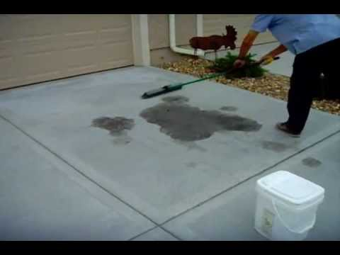 how to clean oil spill on driveway