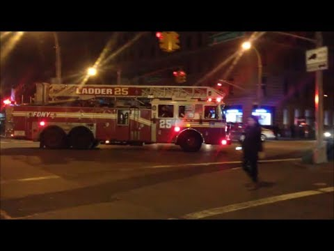 FDNY Ladder 25 & Engine 74 Responding To The Chase Bank On 79th & Broadway In Manhattan