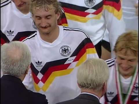 Чемпионат мира по футболу 1990 Награждение 1 2 место