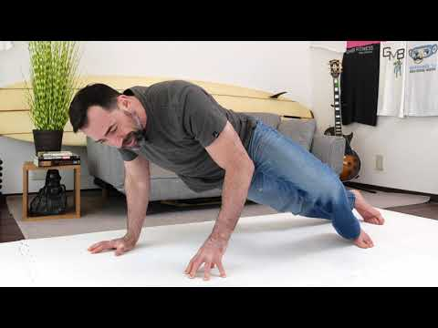 Try This Weird Looking Push-Up for a Stronger Chest Without Weights