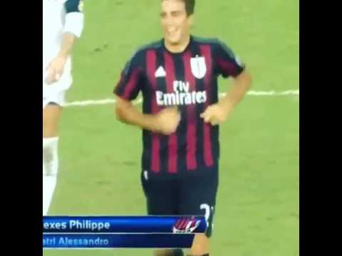 Cầu thủ vào sân thay người phút 93 và trọng tài thổi còi kết thúc trận đấu 5s sau đó