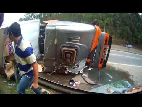 Acidente no Km-38 Raposo Tavares - Valério Fazer-250 Black 25/09/2014
