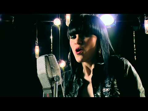 Jessie J - Price Tag ( Live Acoustic Music Video)