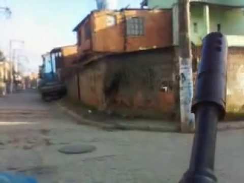 Macaé(favela das Malvinas-terror).3gp