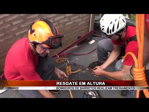 15/12/2018 - Bombeiros realizam treinamento de salvamento em altura em Barretos