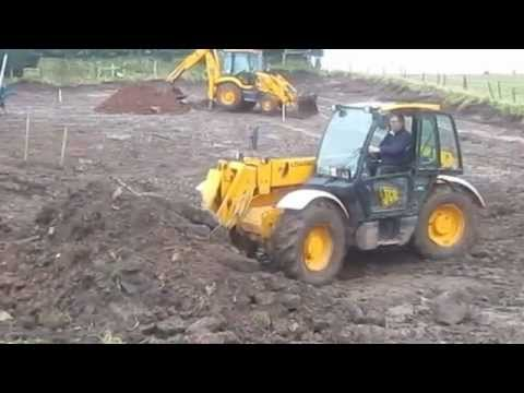 JCB Loading tipper