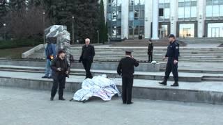Protest la Guvern pentru Ion Guzun (pe targă)