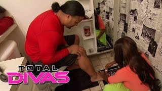 Naomi Tells Jimmy Uso To Go To The Doctor: Total Divas