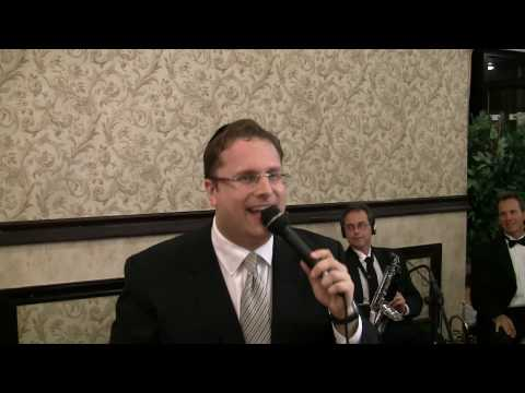 Shloime Dachs Ending A Great Chasuna And Singing And Dancing With The Bochurim From Bell Harbor.mp4