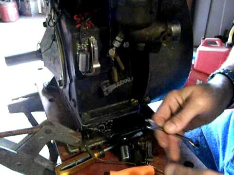 Installing And Adjusting Points And Condenser On Briggs