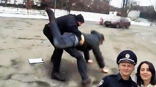 Полицейская тварь жестоко избила водителя. Дорожный Контроль Видео.