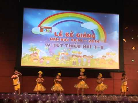 Múa liên khúc 'Gia đình nhỏ, hạnh phúc to' và 'Cùng nhảy nào các bạn ơi' (Thỏ trắng 2)