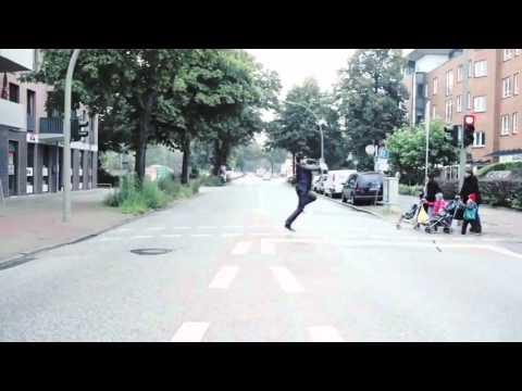 PSY - GANGNAM STYLE - (Official Music Video) - Auf Deutsch!