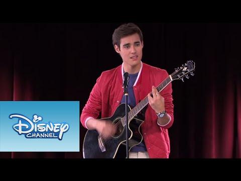 Violetta: León toca ¨Nuestro Camino¨ (Ep 77 Temp 2)