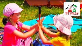 Spievankovo - Daj pravú ruku vpred