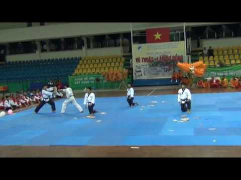 Dem bieu dien Vo Thuat - Lan Su Rong (3)