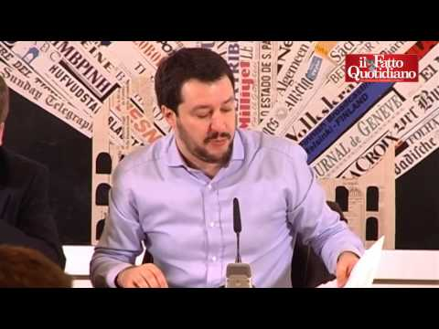 """La Lega Nord presenta i suoi referendum: """"Stop a concorsi pubblici per stranieri e riaprire le cas"""