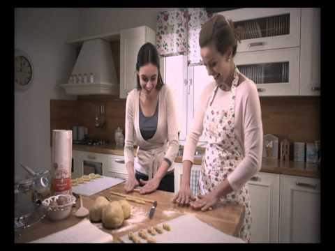 Mitsides Flour TVC Grandma's cookie recipe - Η παράδοση θέλει... αλεύρι Μιτσίδη!