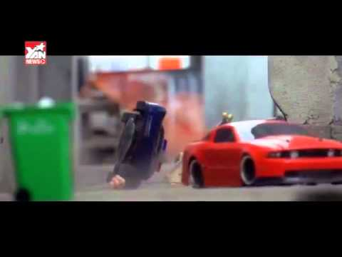 Kinh ngạc dàn cảnh đua xe hơi đồ chơi như phim hành động