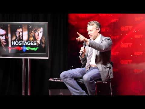 Tate Donovan on 'Hostages'