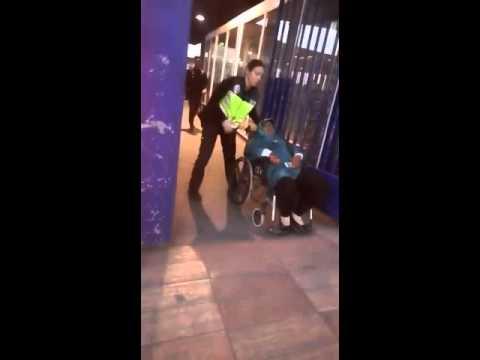 إعتداء الشرطة الإسبانية بمليلية على مواطنة مغربية