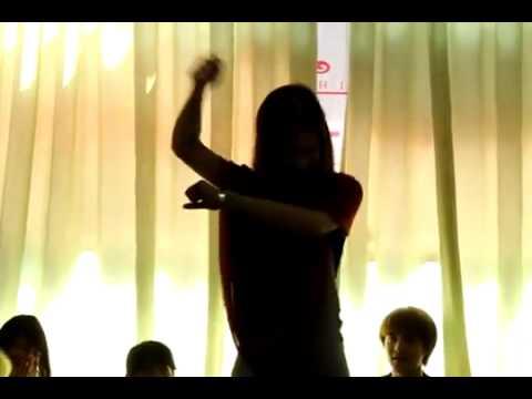 Ca sĩ Đông Nhi nhảy cover Gangnam Style - GangnamStyleVietnam.com