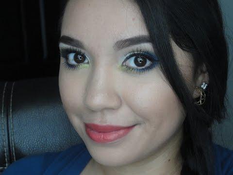 Maquillaje azul verde
