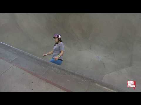 Cara Lawson - Vans Girls Combi Pool Classic 2013