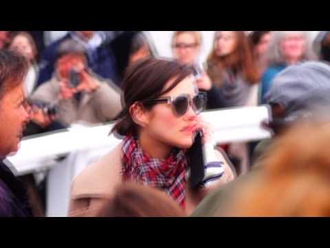 [HD] Marion Cotillard à La Baule - Jumping International