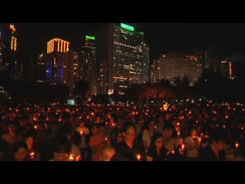 Huge Hong Kong vigil to mark Tiananmen anniversary