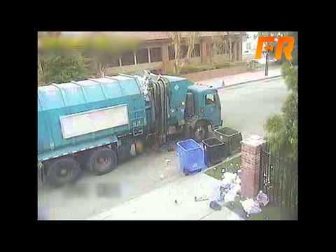 Porażka nowoczesnej śmieciarki! Narobiła bajzlu!