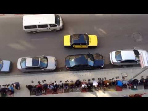 24 Jan 2014 - Egyptian Protesters attack the Egyptian Army and Police