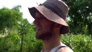 Turul ciclistic al satului Pepeni făcut în doi, cu fratele