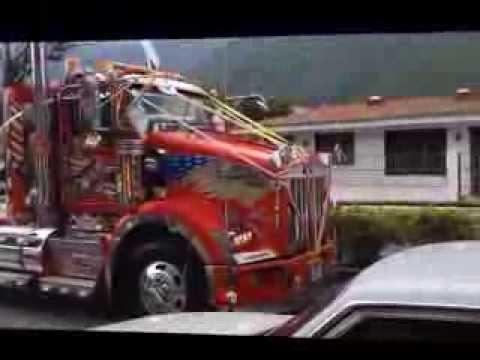 Gandolas preprandose para la Caravana de los Choferes Bailadores Edo Merida 2013