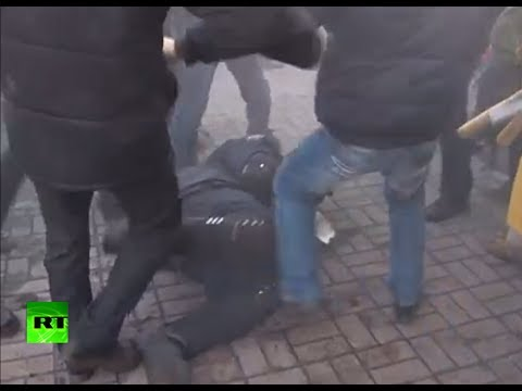 Brutal video: Fierce clashes in Kiev as new wave of unrest grips Ukraine