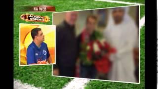 Everton Ribeiro tem primeiro contato com costumes �rabes