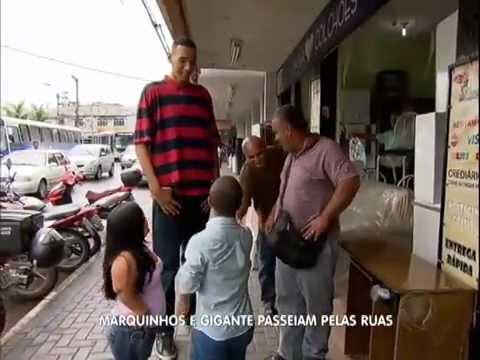 Programa do Gugu Gugu visita a casa do anão Marquinhos 17/03/2013