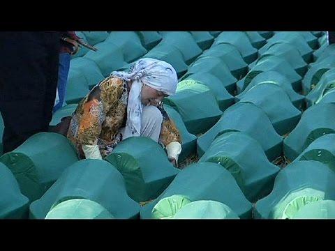 عن مقتل 300 مسلم في سريبرينيتشا