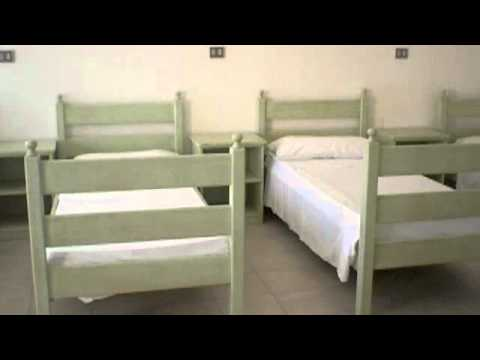 6 beds male dorm