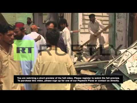 Pakistan: Karachi bus explosion on election day