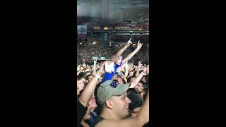 Metallica James Hetfield Speaks to 9 Year Old Fan in Phoenix Concert 08/04/2017