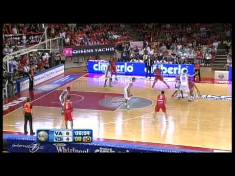 Bryant Dunston's dunks vs Venezia