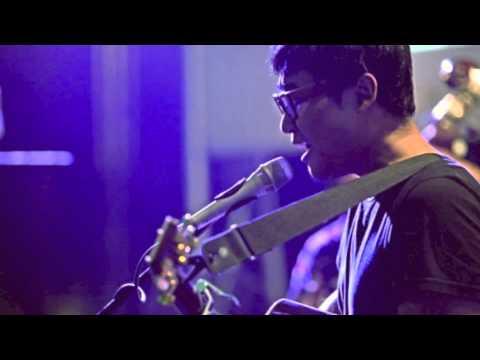 Adhitia Sofyan - Naik Delman/Pada Hari Minggu (cover - audio only)