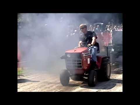 Garden Tractor Pull 9-4-05