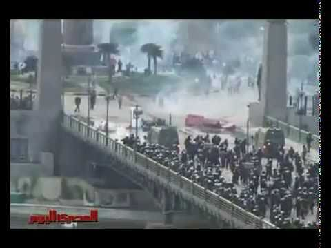 the most amazing video: battle of the Nile ( Egypt revolution ).flv