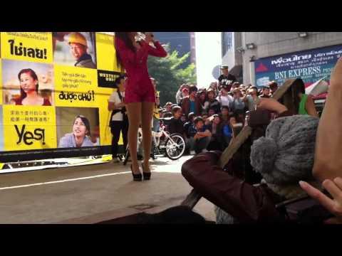 Bảo Thy gặp sự cố khi biểu diển ở Đài Loan clip3