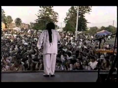 Dennis Brown - Promised Land [Reggae Sunsplash @ Hospitality Point, San Diego]